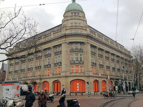 Apple Store Amsterdam to open on Saturday
