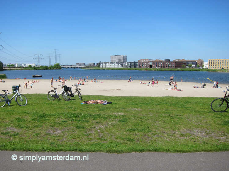 Beaches in and near Amsterdam where you can access the water