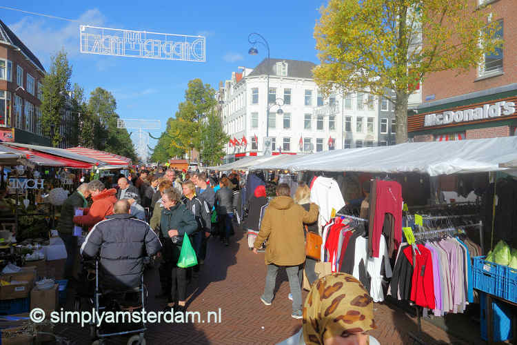 Amsterdam Dappermarkt (street market) in Top 10 Shopping streets by National Geographic