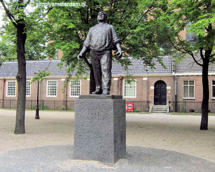Dokwerker, statue to commemorate the February Strike