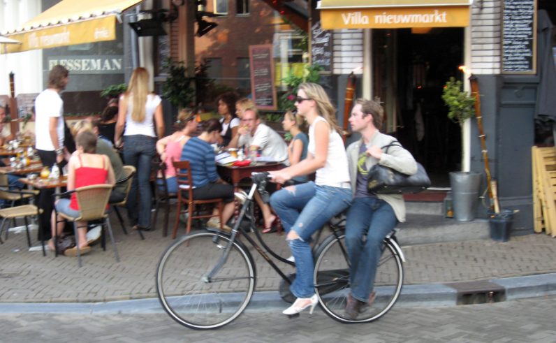 On street parking rates Amsterdam centre up 30 percent