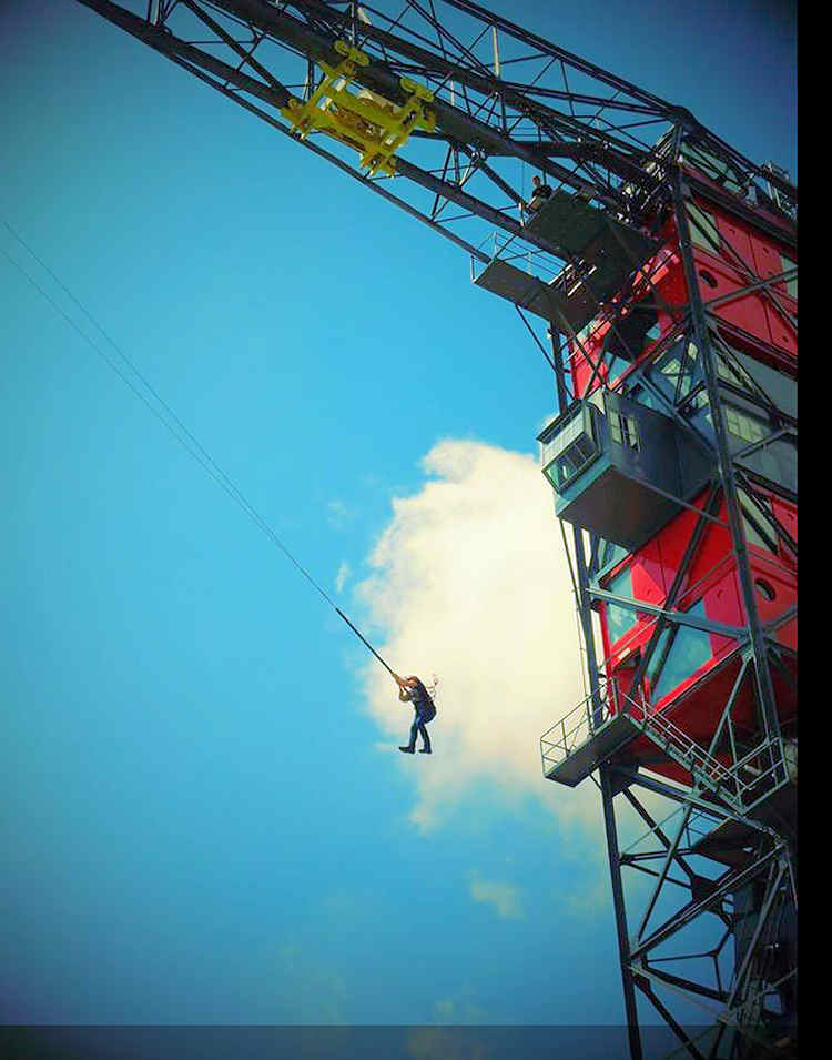 Bungee Jumping off Crane Hotel Faralda in Amsterdam North