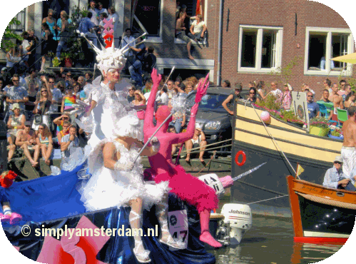 Amsterdam prepares for gay pride weekend