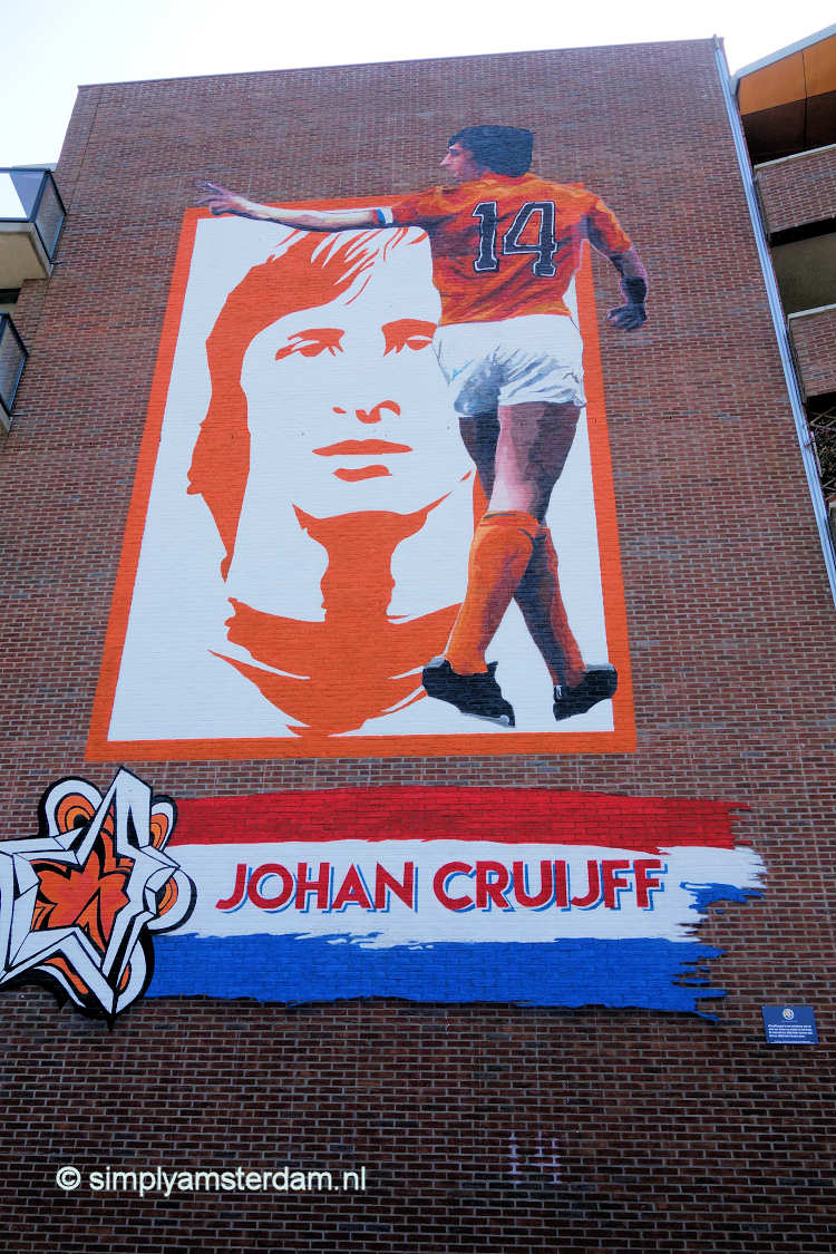 Mural of Johan Cruijff revealed in Amsterdam East