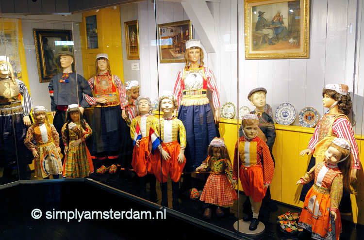 Traditional costumes Marken (in Marker Museum)