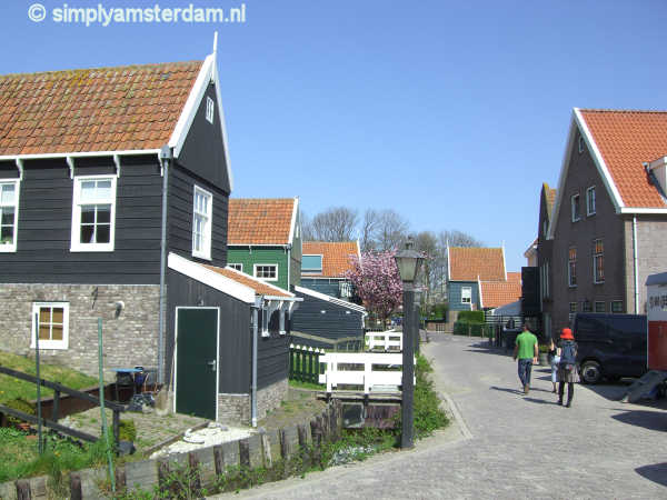 Towns near Amsterdam worth visiting