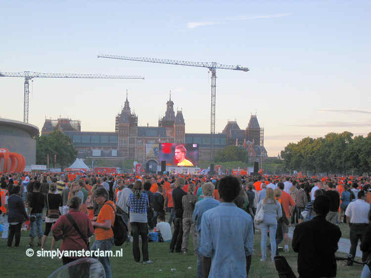 Tonight last time large tv screen with soccer match on Museumplein