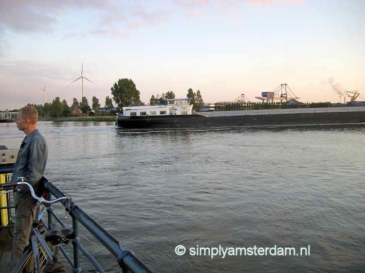 Why Amsterdam has free ferries