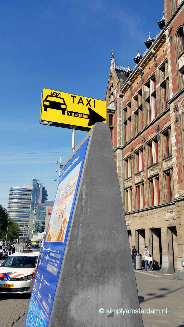 Taxi stand Amsterdam Central Station moved to the rear end of the station