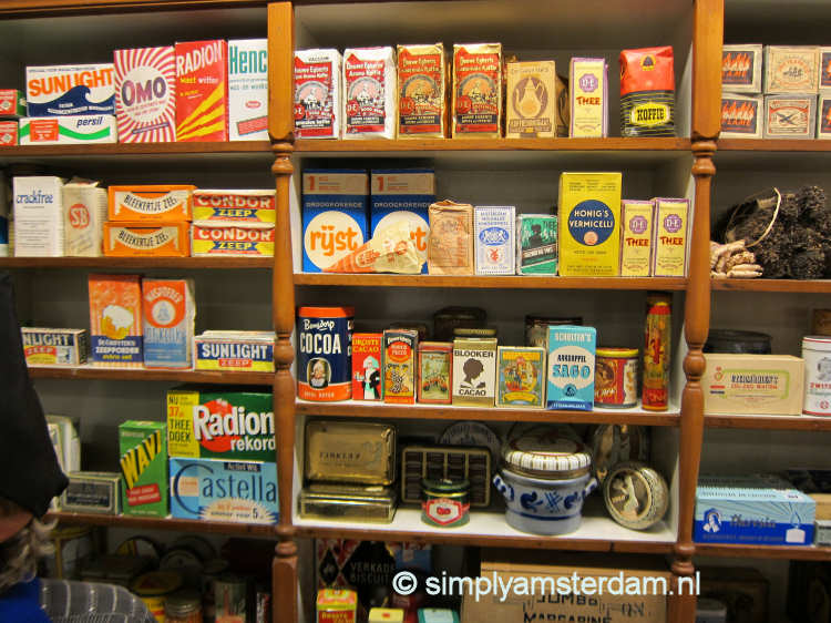 Old Dutch shop (Volendams Museum)